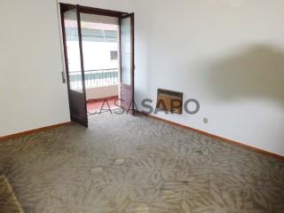 Ver Apartamento T4, Alcobaça e Vestiaria em Alcobaça