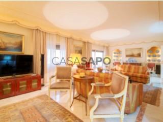 Voir Appartement 5 Pièces avec garage, Almada, Cova da Piedade, Pragal e Cacilhas à Almada