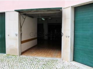 Ver Garagem  com garagem, Massamá e Monte Abraão em Sintra