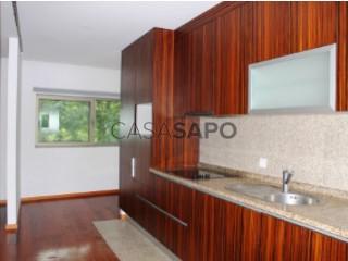 Voir Appartement en maison 3 Pièces avec garage, Macieira da Maia à Vila do Conde