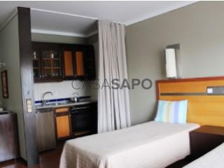 Ver Apartamento T0 Com piscina, Centro (Albufeira), Albufeira e Olhos de Água, Faro, Albufeira e Olhos de Água em Albufeira
