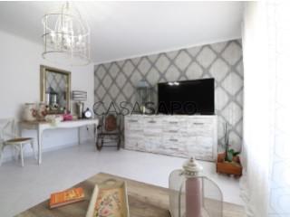See Apartment 4 Bedrooms, Pinhal Novo in Palmela