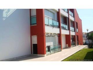 Voir Appartement 4 Pièces Avec garage, Parque Desporto (Lourinhã), Lourinhã e Atalaia, Lisboa, Lourinhã e Atalaia à Lourinhã