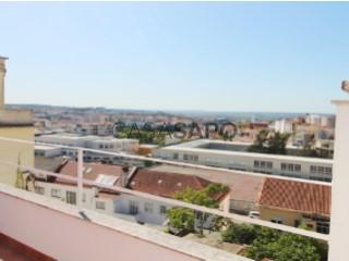 Voir Appartement 4 Pièces, À Dias da Silva (Sé Nova), Sé Nova, Santa Cruz, Almedina e São Bartolomeu, Coimbra, Sé Nova, Santa Cruz, Almedina e São Bartolomeu à Coimbra