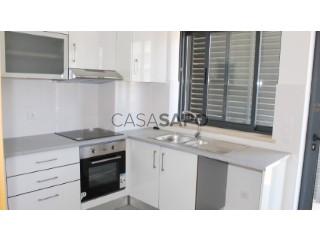 Ver Apartamento 4 habitaciones Con garaje, Finanças (Vila Nova da Barquinha), Santarém en Vila Nova da Barquinha