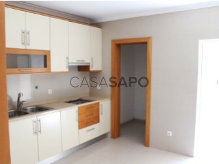 See Apartment 1 Bedroom with garage in Viseu