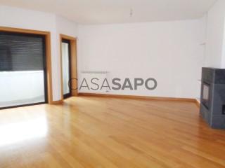 Voir Appartement 5 Pièces Avec garage, Viseu (Santa Maria) à Viseu