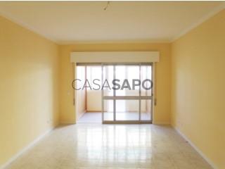 Ver Apartamento T3, Zona Ribeirinha, Portimão, Faro em Portimão