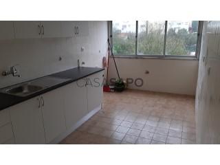 Voir Appartement 3 Pièces, Monte Abraão, Massamá e Monte Abraão, Sintra, Lisboa, Massamá e Monte Abraão à Sintra