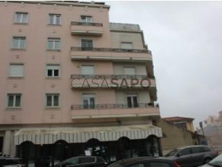 Ver Apartamento T3 Com garagem, Avenidas Novas (São Sebastião da Pedreira), Lisboa, Avenidas Novas em Lisboa