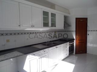 Ver Apartamento T2 Com garagem, Bairro de Ouressa, Algueirão-Mem Martins, Sintra, Lisboa, Algueirão-Mem Martins em Sintra
