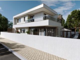 Voir Maison 6 Pièces Avec garage, Alcochete, Setúbal à Alcochete