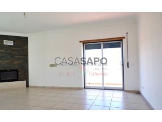 See Apartment 2 Bedrooms with garage, São Pedro da Cadeira in Torres Vedras