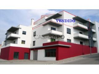 Ver Duplex T1+1 Duplex Com garagem, São Pedro da Cadeira, Torres Vedras, Lisboa, São Pedro da Cadeira em Torres Vedras