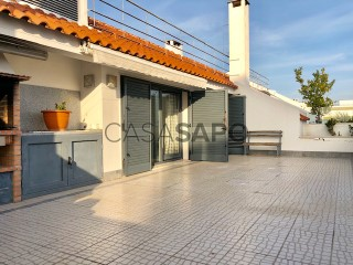 See Apartment 3 Bedrooms With garage, Centro (Santo Condestável), Campo de Ourique, Lisboa, Campo de Ourique in Lisboa