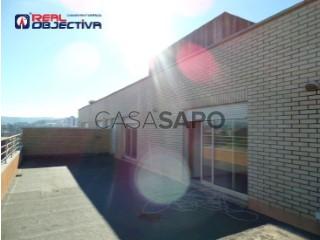 Voir Appartement 5 Pièces avec garage, Bougado (São Martinho e Santiago) à Trofa