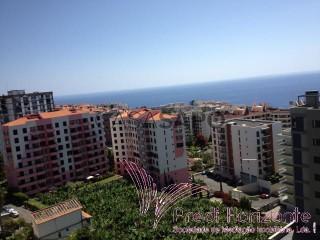 Voir Appartement 3 Pièces Avec garage, Estrada Monumental, São Martinho, Funchal, Madeira, São Martinho à Funchal