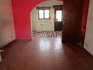 See House 2 Bedrooms Duplex with garage, Aldeia Galega da Merceana e Aldeia Gavinha in Alenquer