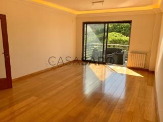 Ver Apartamento T1 com garagem, Cascais e Estoril em Cascais