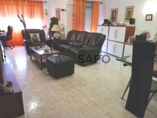 See Apartment 3 Bedrooms, Pedernais (Ramada), Ramada e Caneças, Odivelas, Lisboa, Ramada e Caneças in Odivelas