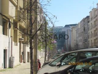 Ver Stand Automóvel , Avenidas Novas em Lisboa