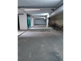 See Warehouse, Centro (Parede), Carcavelos e Parede, Cascais, Lisboa, Carcavelos e Parede in Cascais