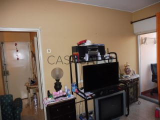 See Apartment 2 Bedrooms, Alcabideche in Cascais