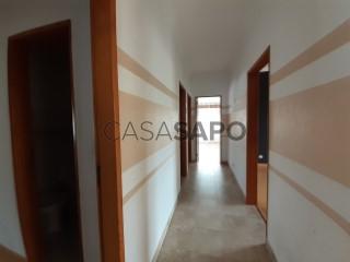 Ver Casa com espaço comercial T3 Triplex Com garagem, Fernão Ferro, Seixal, Setúbal, Fernão Ferro em Seixal