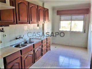 Ver Apartamento T2, Belas, Queluz e Belas, Sintra, Lisboa, Queluz e Belas em Sintra
