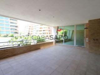 Voir Appartement 4 Pièces+1 avec garage à São João da Madeira