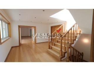 See House 5 Bedrooms With garage, Esgueira, Aveiro, Esgueira in Aveiro