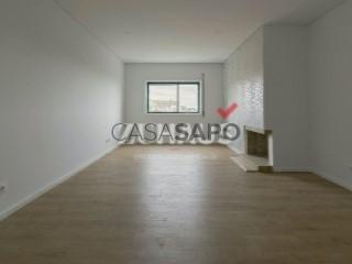Voir Appartement 4 Pièces, Granja, São Felix da Marinha, Vila Nova de Gaia, Porto, São Felix da Marinha à Vila Nova de Gaia