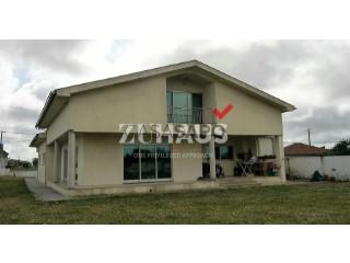 See House 4 Bedrooms, Oliveirinha in Aveiro