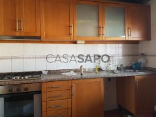 Ver Apartamento T3, Centro (Albergaria-a-Velha), Albergaria-a-Velha e Valmaior, Aveiro, Albergaria-a-Velha e Valmaior em Albergaria-a-Velha