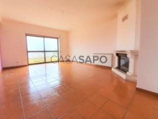Voir Appartement 4 Pièces, Leiria, Pousos, Barreira e Cortes, Leiria, Pousos, Barreira e Cortes à Leiria