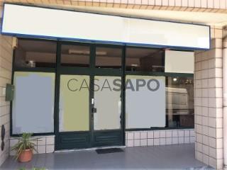 Ver Clínica  com garagem, Vila de Cucujães em Oliveira de Azeméis