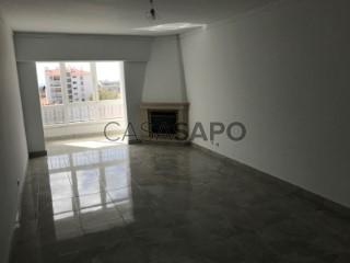 Ver Apartamento 2 habitaciones Con garaje, Castelhana (Cascais), Cascais e Estoril, Lisboa, Cascais e Estoril en Cascais