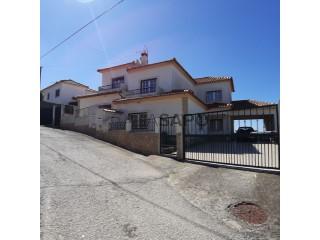 Ver Casa 4 habitaciones Con garaje, São Bartolomeu dos Galegos e Moledo, Lourinhã, Lisboa, São Bartolomeu dos Galegos e Moledo en Lourinhã