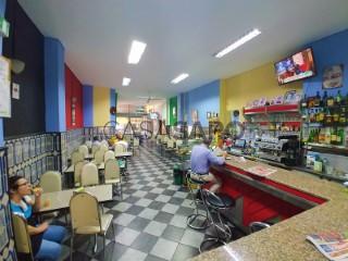 Voir Restaurant 2 Pièces, Sé Nova, Santa Cruz, Almedina e São Bartolomeu à Coimbra