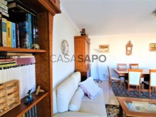 Ver Apartamento T3+1 com garagem em Portimão