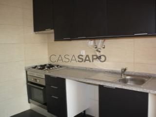 Ver Apartamento T5 com garagem, Faro (Sé e São Pedro) em Faro