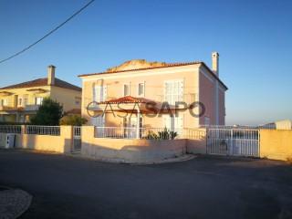 Ver Casa 5 habitaciones, Duplex Con garaje, Bairro da Bela Colónia (Montijo), Montijo e Afonsoeiro, Setúbal, Montijo e Afonsoeiro en Montijo