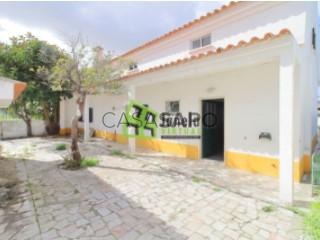 Voir Maison Isolée 3 Pièces+3, Quinta do Conde, Sesimbra, Setúbal, Quinta do Conde à Sesimbra