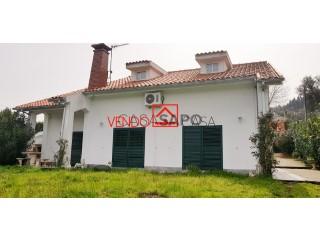 See House 3 Bedrooms Duplex with garage, Sobradelo da Goma in Póvoa de Lanhoso