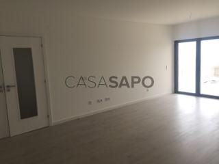 See Apartment 2 Bedrooms Triplex With garage, Centro, Ribamar, Lourinhã, Lisboa, Ribamar in Lourinhã