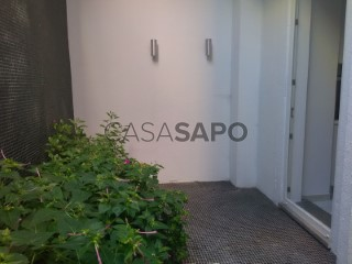 Ver Apartamento T1 com garagem, Campolide em Lisboa
