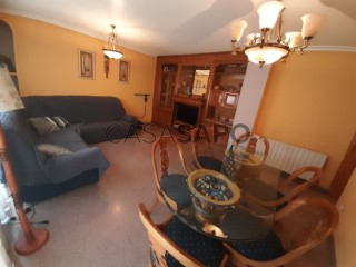 Ver Piso 3 habitaciones, Triplex, Salesianos, Villena, Alicante en Villena