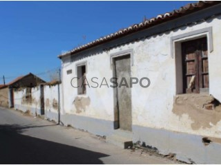 Ver Prédio , Campo e Campinho em Reguengos de Monsaraz