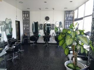 Voir Coiffeur/Salon de Beauté  à Peniche