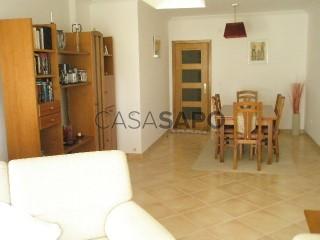 Ver Apartamento T2, Zona Centro, São Martinho do Porto, Alcobaça, Leiria, São Martinho do Porto em Alcobaça